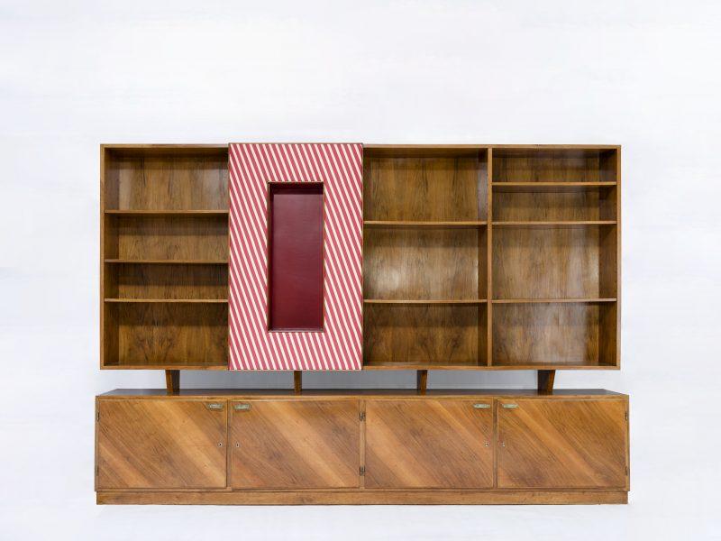 Sideboards & Libraries