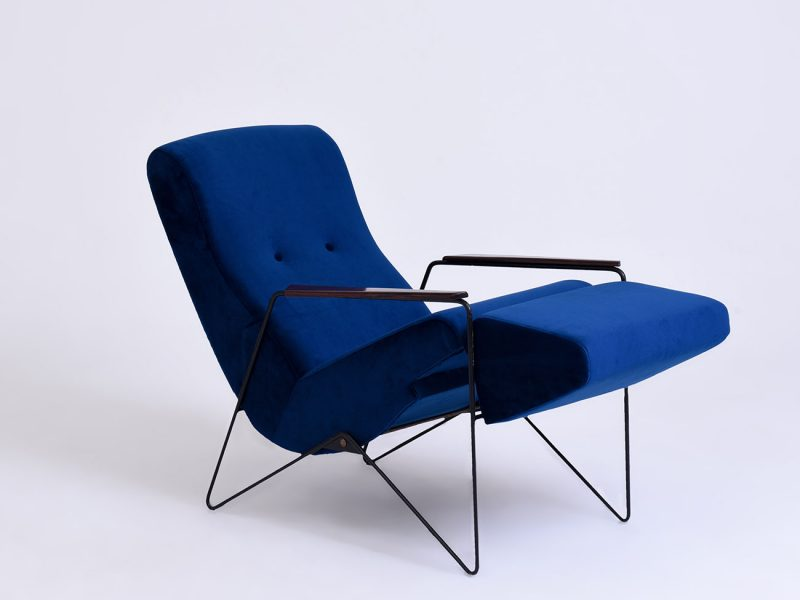 Daybeds & Long Chairs